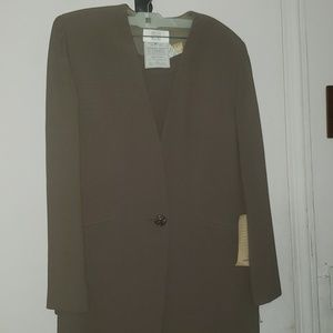Women's Badgley Mischka Pants Suit